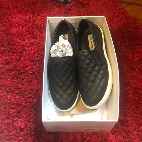 Steve Madden Shoes - Brand new casual shoes